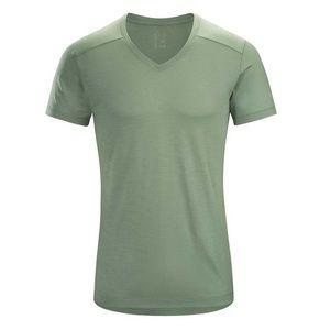 NEW Arc'teryx A2B V Neck Men's T-Shirt Wtag ⭐️⭐️⭐️